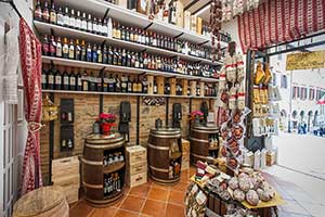 Refrigerated food furniture Wines Salami Hams Cheeses CAPEZZUOLI