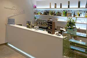 Bar furniture Modern Italian Style Custom and Contract Marcello