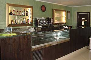 Bar furniture Modern Italian Style Custom and Contract LUCCHETTI