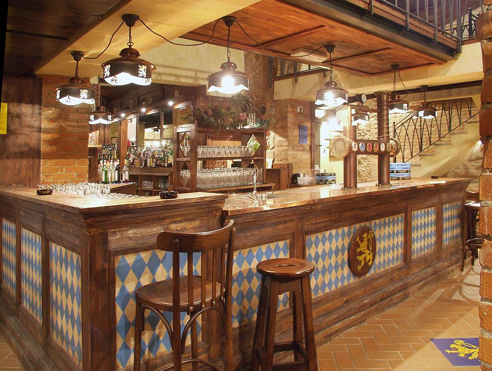 Arredamento bar classico banconi bar omif siena for Banchi bar e arredamenti completi
