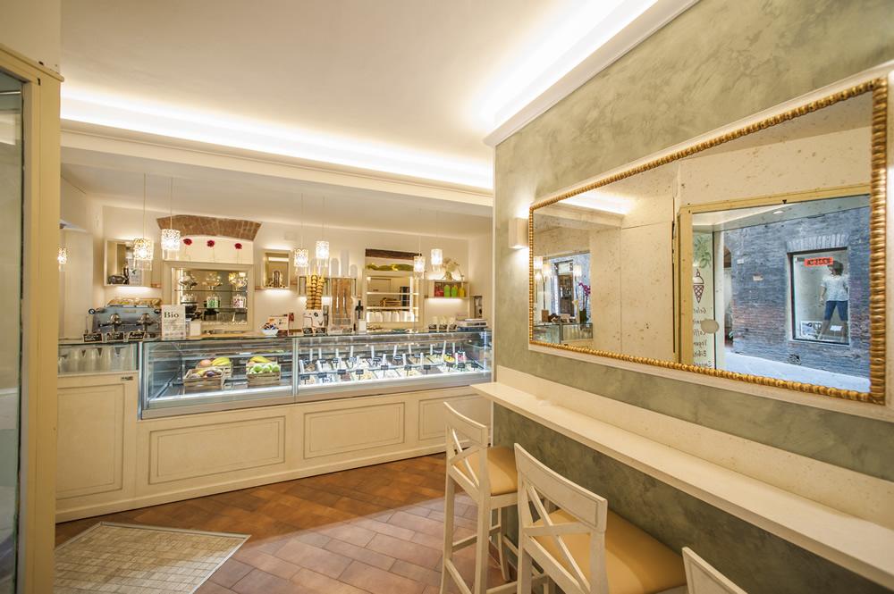 Arredamento E Casalinghi Siena.Arredamento Bar Classico Banconi Bar Omif Siena