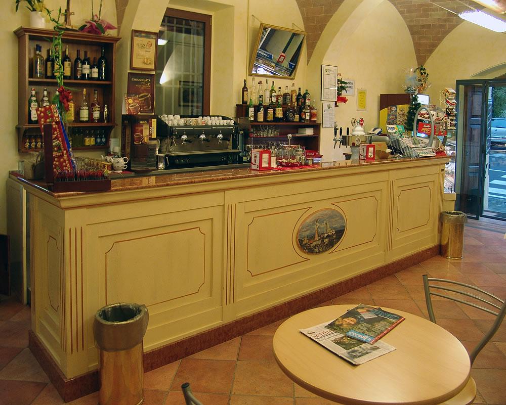 Arredamento bar classico banconi bar omif siena for Arredamento da bar