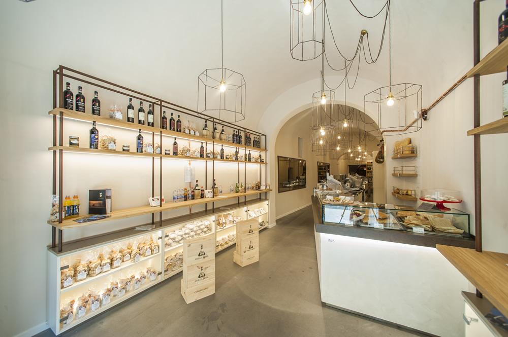 Foto Arredamento Bar Moderno.Arredamento Bar Moderno Banconi Bar Omif Siena