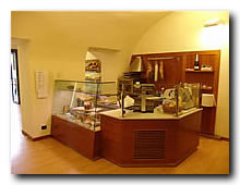 Omif arredamenti bar modermi galleria fotografica for Castagna arredamenti