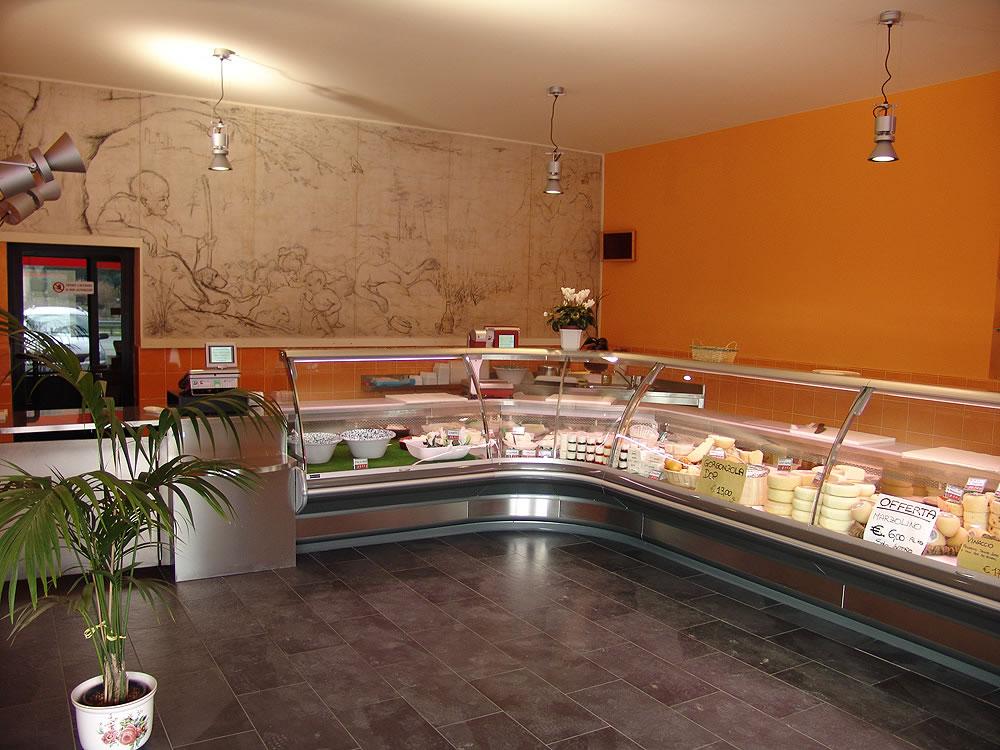 Omif arredamenti bar modermi galleria fotografica for Arredamenti per negozi di gastronomia